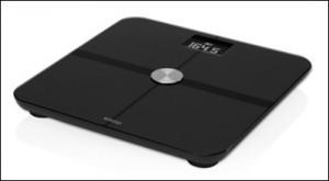 乗るだけで体重・体脂肪の データを記録する「Withings  WS-50」を「Nike+ FuelBand SE」と連携させる、他