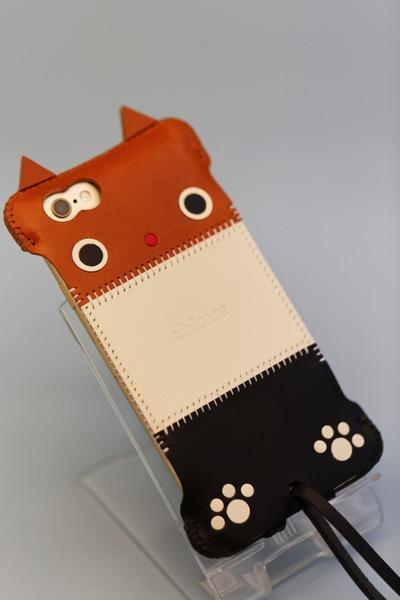 iPhone 6s用 abicase、レザーの三毛猫バージョン