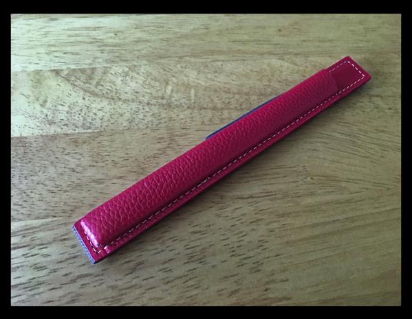 これで楽に持ち運べる「StilGut 本革 Apple Pencil レザーケース(iPad Pro 9.7inch用)」