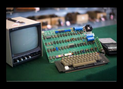 スティーブ・ジョブズがガレージで最初に作ったコンピュータの1台が130,000ドル以上で販売