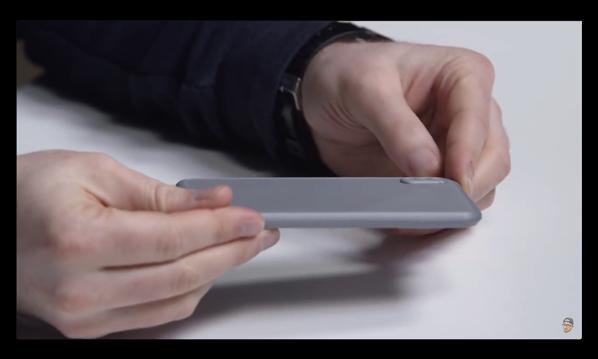 3Dプリントで作成した「iPhone 8」モックアップのビデオ
