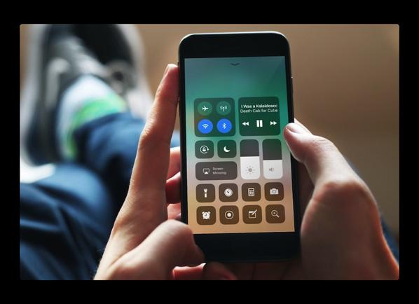 【iOS 11】新機能、10の「コントロールセンター」機能をカスタマイズする方法