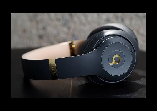 Apple,「Beats Studio3 Wirelessオーバーイヤーヘッドフォン」予約受付を開始