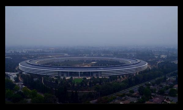 最新のドローンでのApple Parkのビデオでは「Steve Jobs Theatre」はほぼ完成