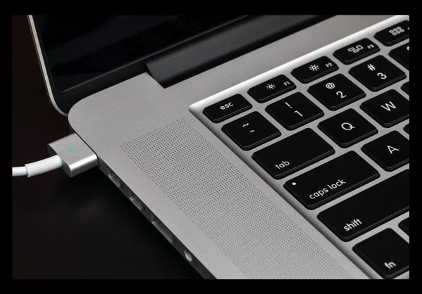 Marco Armentは、MacBook Pro Retina 15inch(2012年-2015年)が「これまで存在していた最高のラップトップ」だと主張
