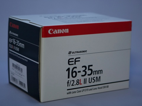 広角ズーム EF 16-35mm F2.8L II USMが届いた
