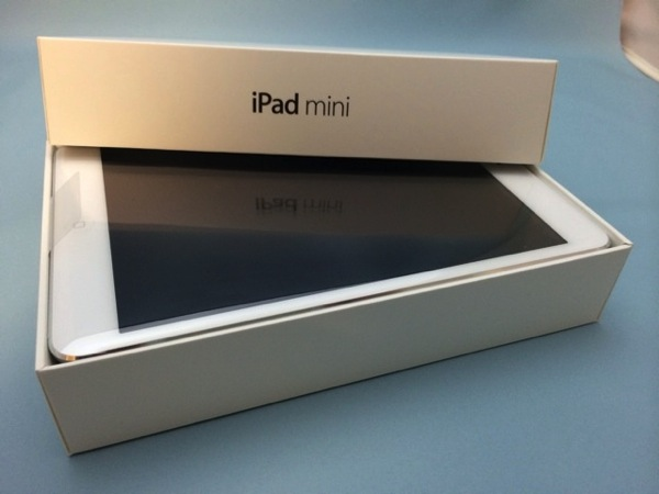 Apple Online Shopでオーダーした「iPad mini Retina」が到着、開封とファーストインプレッション