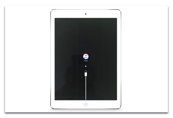 Apple、iPad Pro 9.7inchの「iOS 9.3.2」のリリースを停止