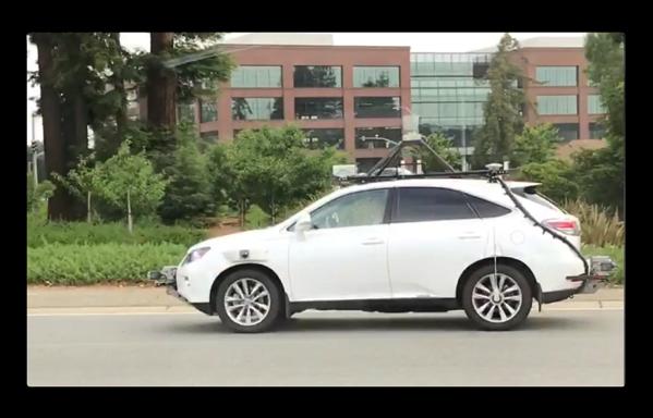 パロアルトの101番地に現れた、Appleの自律走行用テストカー