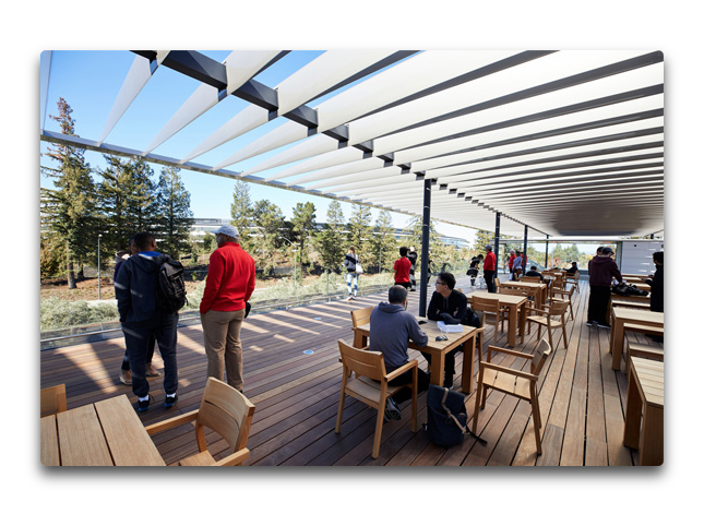 Apple Park Visitor Center 002