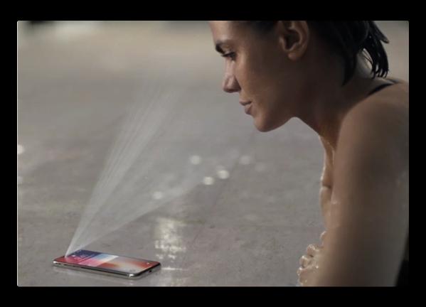 「iPhone X」に搭載された「Face ID」vs これまでのiPhineの「Touch ID」、どちらが早いか?