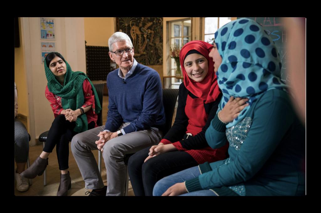 Malala ファンドとAppleのチームは、女の子の教育をサポートする事を発表