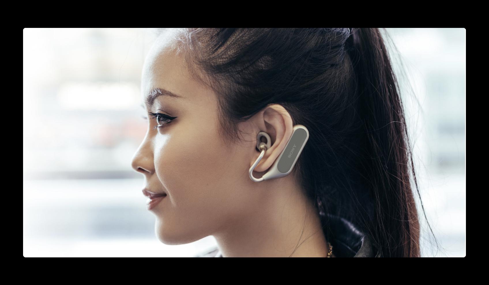 Sonyは、AppleのSiri対応のワイヤレスイヤホン「Xperia Ear Duo」を発表