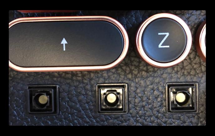 Azio Retro Classic Bluetooth 010 z
