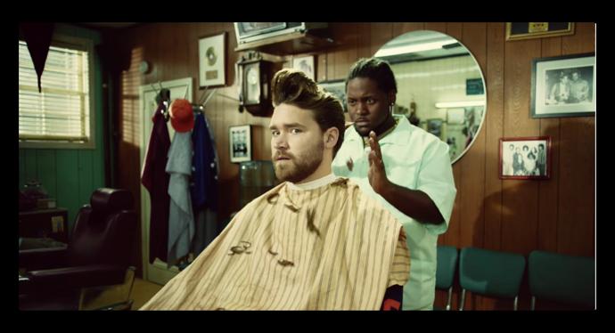 Apple、iPhoneのポートレードモード広告「Barbers」がADC賞で最優秀賞を受賞