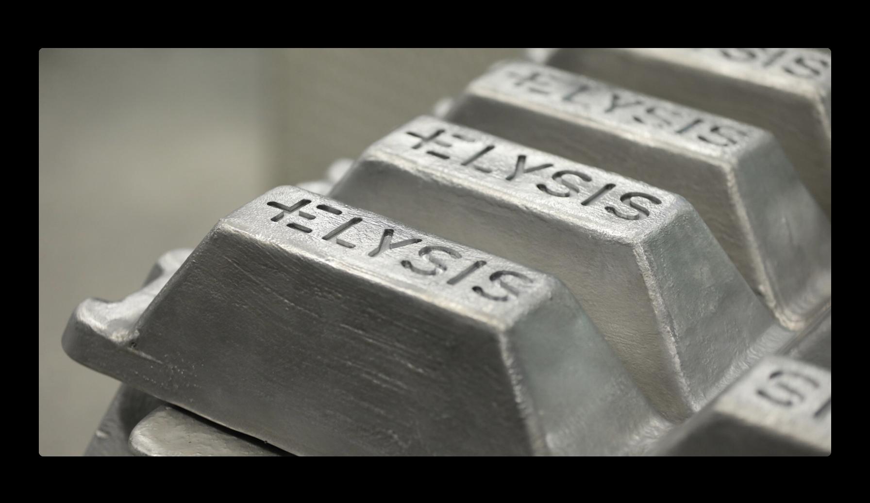 Apple、先進のカーボンフリー アルミニウム精練法の実現に 道を開く