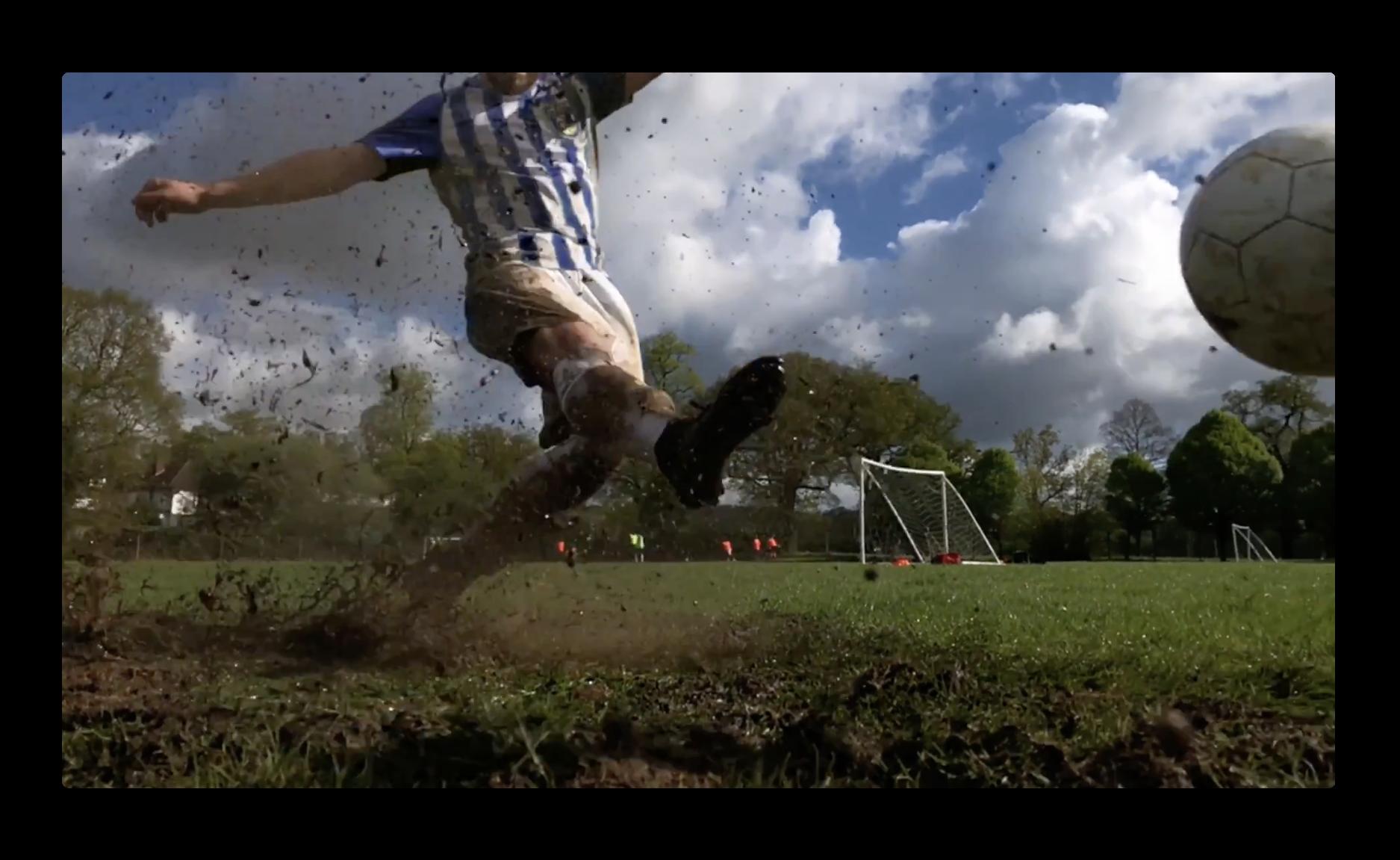 Apple、サッカーを題材にしiPhone Xを使用した撮影方法の新しいCF5本を公開