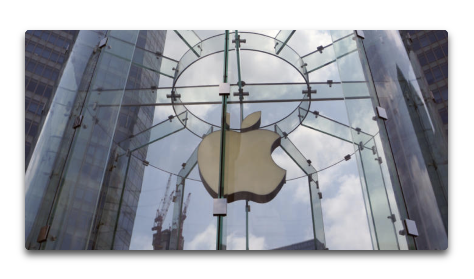 米Apple、米国上場企業として初の時価総額 1兆ドルを達成