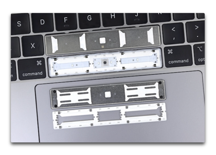 MacBook Pro 2018 SpaceBar 001 z