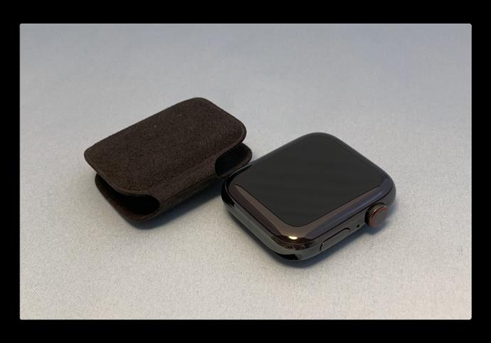 Apple Watch Series 4 Unpack 003 z