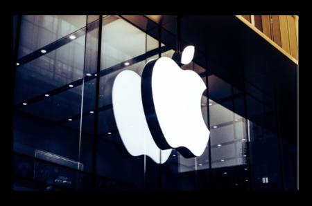 Appleの2番目の収入源は、Nikeより急速に成長している
