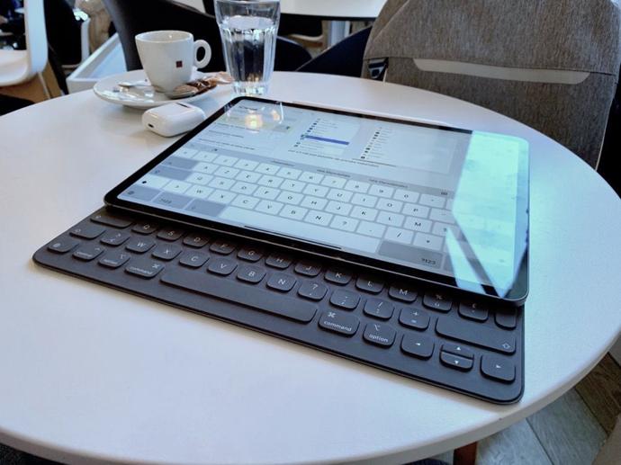 Smart Keyboard Position 00003 z