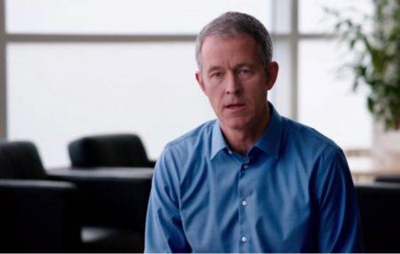 Jony Iveの後継者Jeff Williamsは、製品の「ルック・アンド・フィール」に興味を示す