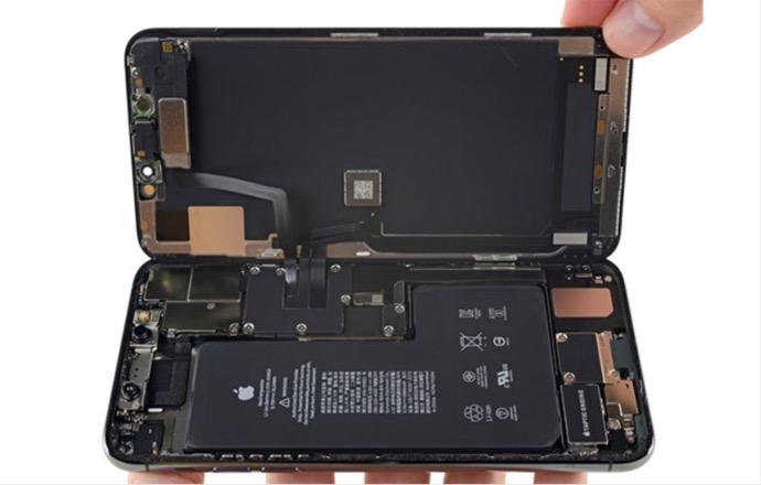 iPhone 11 Proの分解から、双方向ワイヤレス充電機能があることが解る