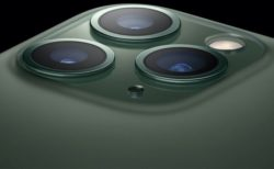 iPhone 11シリーズでは、ビデオをキャプチャしながら、音楽やポッドキャストを同時に再生できる
