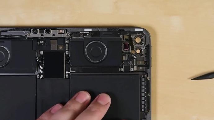 IFixit iPad Pro 2020 00002 z