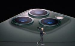 2020年に6.7インチiPhoneに搭載されるセンサーシフト式手ぶれ補正、2022年にペリスコープレンズ