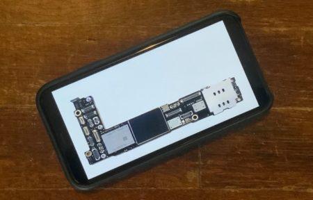 iPhone 12のマザーボードと言われる画像がリークされる
