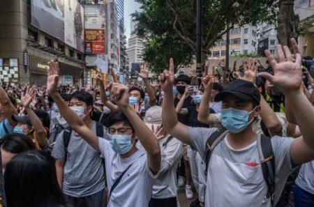 Apple、中国が課した香港の国家安全保障法を「評価」している