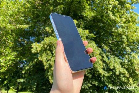 リークされた回路図と今年の6.7インチ「iPhone 12 Pro Max」の仕様に基づいて作成されたモデル