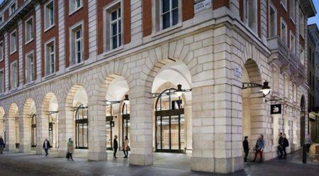 Apple、英国の店舗に対し50%の賃貸料引き下げと無料化を要求