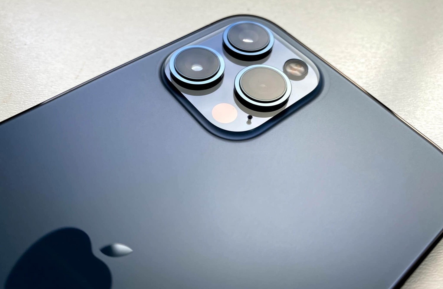 iPhone 12およびiPhone 12 ProでDolby Vision HDRビデオを録画する方法