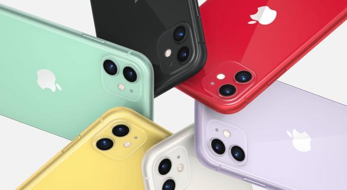 iPhone、2020年のクリスマスの米国のスマートフォンアクティベーショントップ10のうち9つを占める