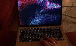 一部のApple Silicon M1 Macは、ファストユーザスイッチでのスクリーンセーバーのバグ
