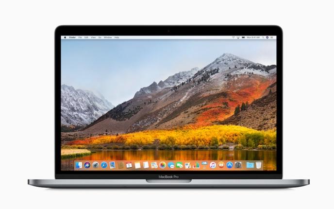 2016 年/2017 年モデルの MacBook Pro のバッテリー充電が 1 % から先に進まない場合、無料のバッテリー交換を提供