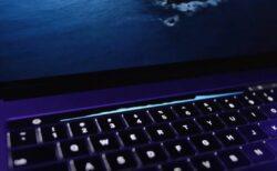 MacBookのTouch Bar用のカラフルなオーディオビジュアライザー「AVTouchBar」