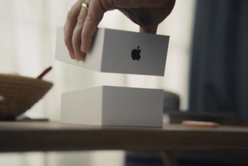 英国政府、iPhone SE 11,000台を570万ドルで発注