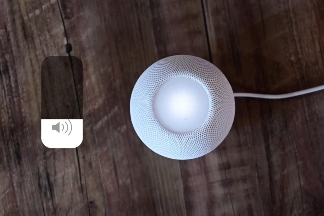将来のSiriは、環境条件、ユーザー入力に基づいて音声を調整する可能性が