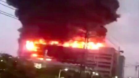 AppleのMacBookとiPadの筐体メーカーとして知られるサプライヤー、上海工場火災で8人死亡