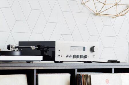Belkin SOUNDFORM Connectは、あらゆるスピーカーをApple AirPlay2対応スピーカーに変える