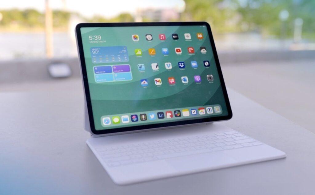 M1 iPad Proを分解してmini-LEDシステムを確認、コンポーネントに若干の変更あり