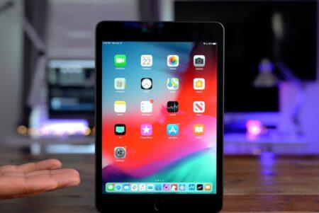 ベゼルが細く、ホームボタンのない新しいiPad miniが今年登場