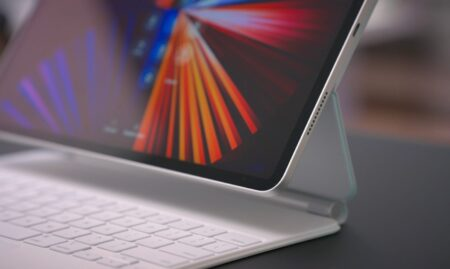 Apple、2022年に向けて背面ガラスとワイヤレス充電を備えデザインを一新したiPad Proを開発中