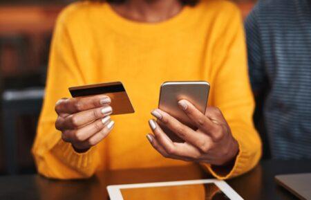 中国の中期ショッピングフェスティバル「618」でiPhoneの販売台数が16%アップ